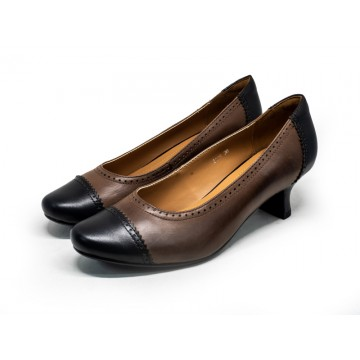 8114 Caratti Leather Heels (Contrast Toe Cap and Heel Counter)